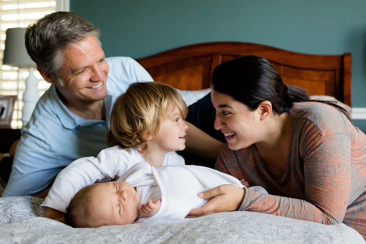 Das zweite Kind ist unterwegs: Was sich für die Familie jetzt ändert?